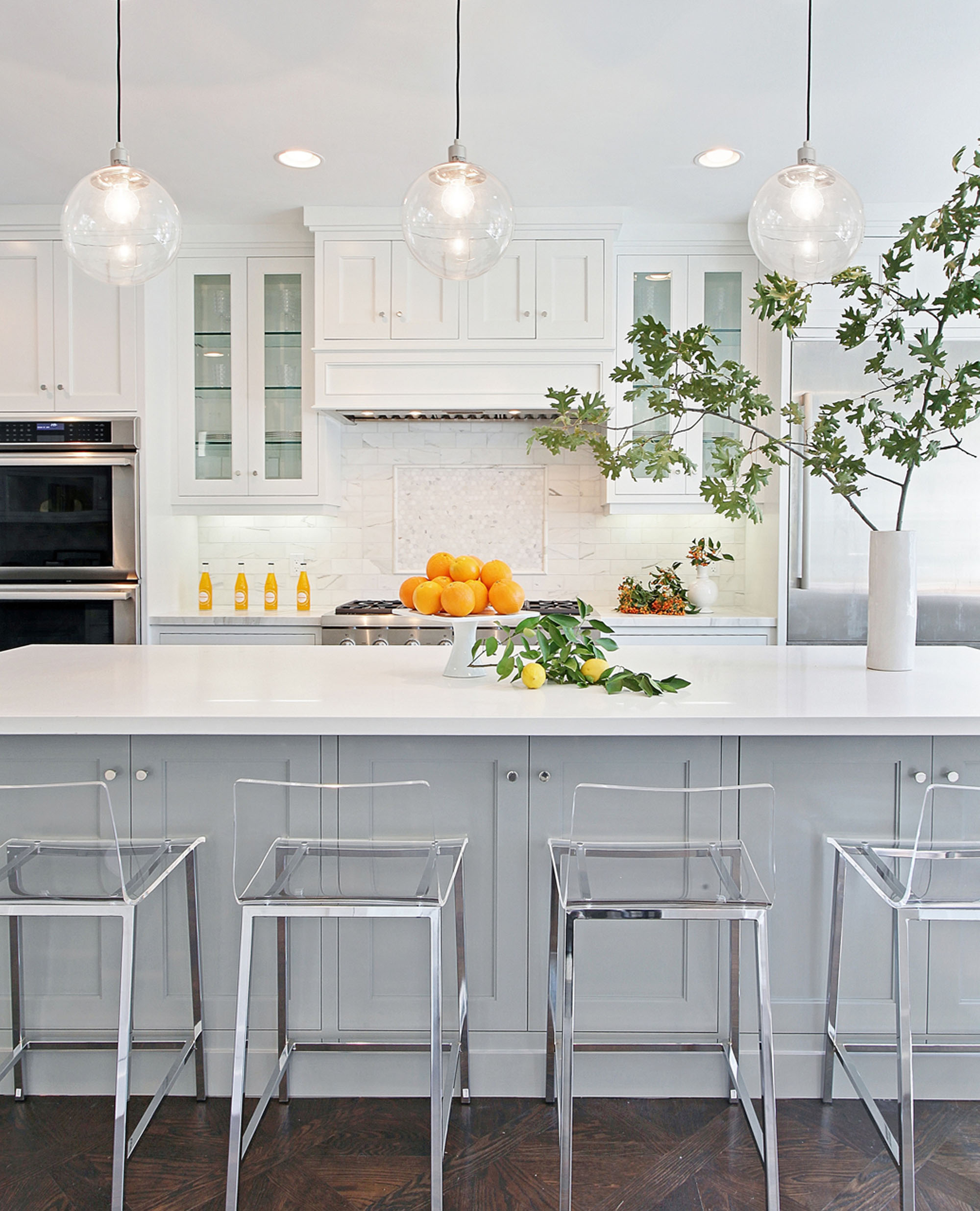 White Modern Kitchen Laguna Beach Melissa Morgan Design