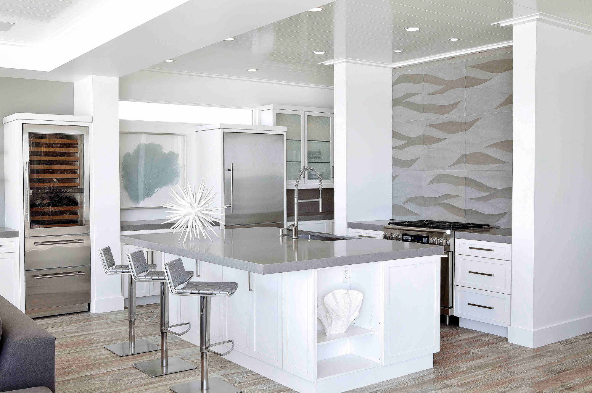 Contemporary Kitchen Laguna Beach Melissa Morgan Design