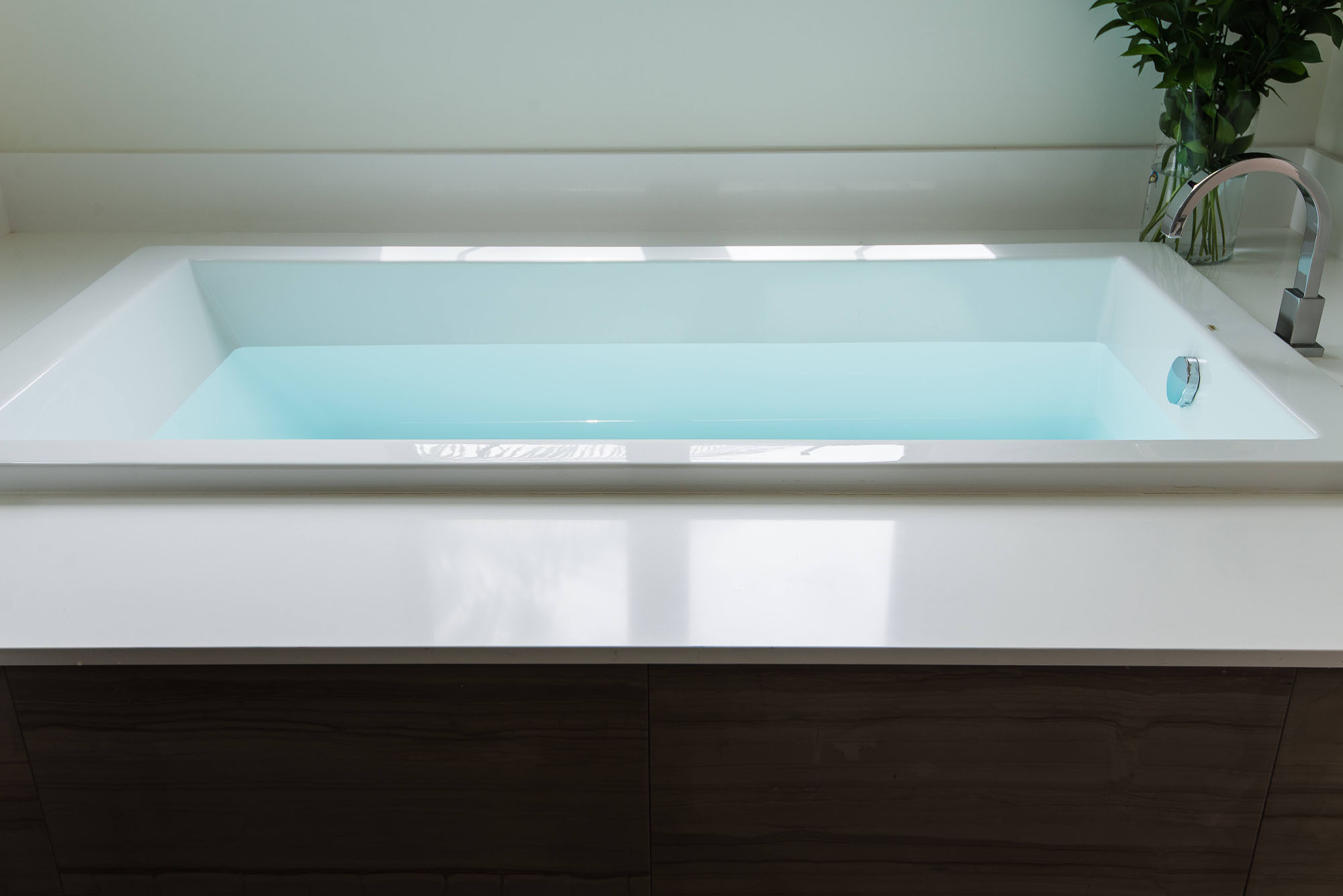 Contemporary Bathtub Melissa Morgan Design