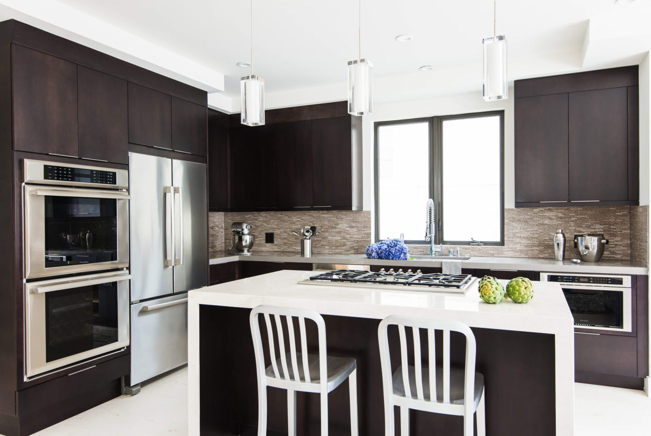 This ground up construction, modern beach bungalow was built with resale in mind. The home was built for bachelor beach style living. Being a small space, our challenge was to make it feel open and airy. To achieve this we used silver travertine, white plumbing fixtures and light colors throughout the home.We incorporated masculine colors […]