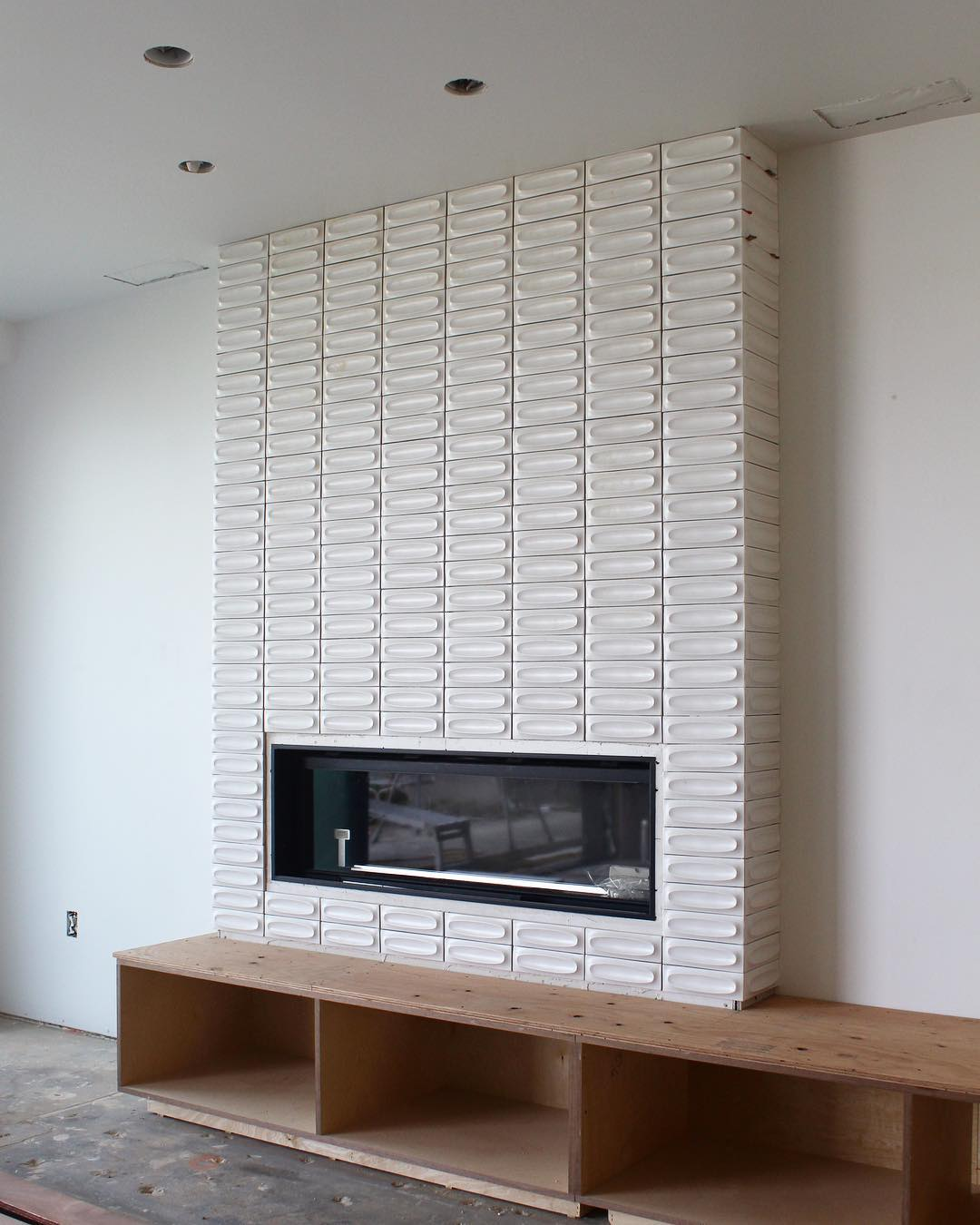 Picture of: Progress On The Fireplace At Our Midcentury Modern Home In Long Beach Melissa Morgan Designs